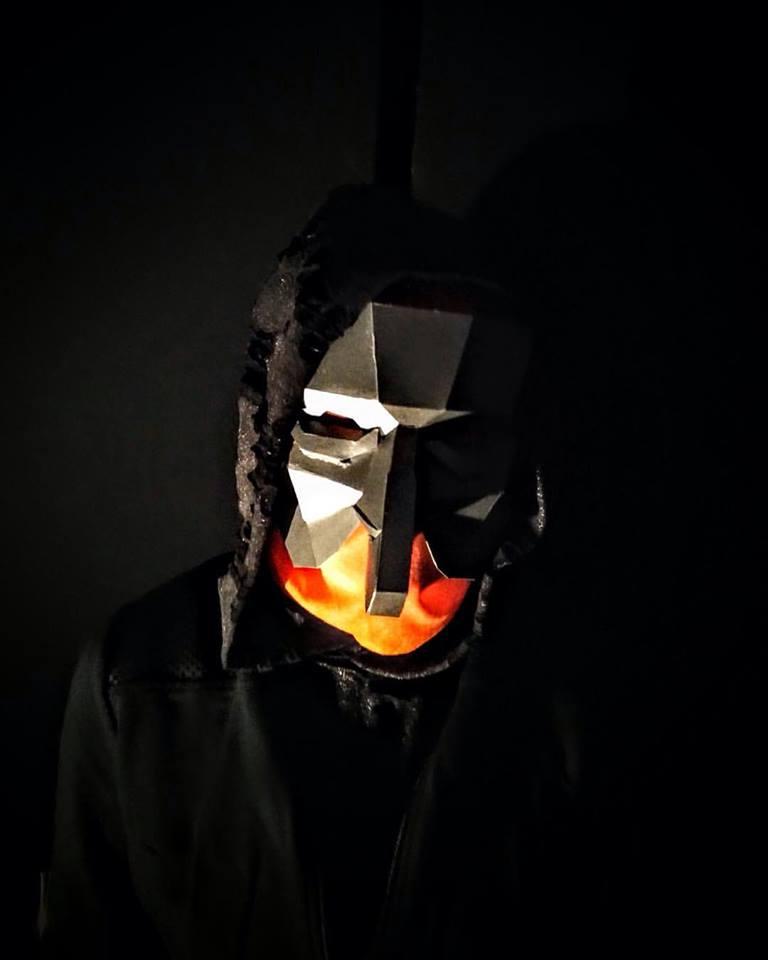 trompe mask